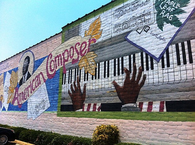 Scott Joplin Mural downtown